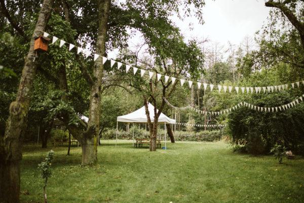 svatba zahrada dekorace